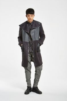 Pants and long cardigan from the fall/winter 15 menswear collection of SONO DRS available in pre-order on http://www.betosee.com/collection/59034