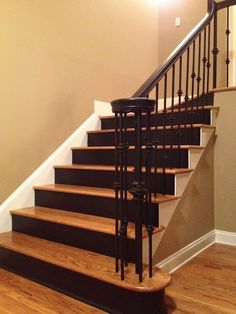 81 models of extraordinary hard wood stairs - frasesdemoda . Hardwood Stairs, Oak Stairs, Entry Stairs, Metal Stairs, Step Railing Outdoor, Stair Railing, Painted Stair Risers, Tiled Staircase, Staircases