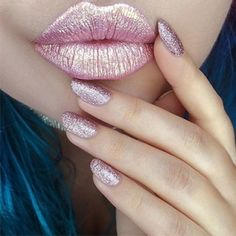 15 Holographic Lipsticks That Are Unicorn-Approved