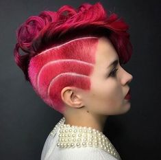 Quick Hairstyles, Girl Hairstyles, Stylish Hairstyles, Latest Hair Trends, Sassy Hair, Hair Color Pink, Cute Cuts, Candy Cane, Short Hair Styles