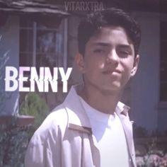 "@vitarxtra on Instagram: ""d♥a♥n♥c♥e♥🐒 • • et:1hr 40min ac: @presplitaudios  dt: everyone ;)) song: dance monkey-tones and I • • • • • • • •  #luismendoza…"" Benny From Sandlot, The Sandlot, Sandlot Forever, Benny The Jet Rodriguez, Mike Vitar, Best Movie Quotes, Fine Boys, Funny Short Videos, Pretty Men"