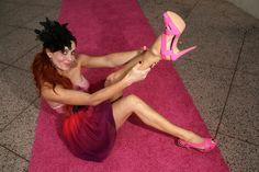 Phoebe Price's Feet << wikiFeet