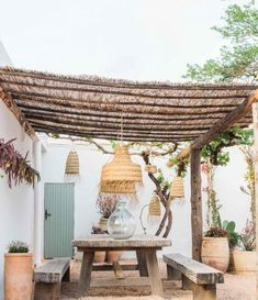 Terra Masia Ibiza is de magie van Ibiza op zijn best - Barts Boekje Outdoor Rooms, Outdoor Living, Outdoor Decor, Rustic Outdoor, Backyard Patio, Garden Inspiration, Gazebo, Garden Design, Outdoor Structures