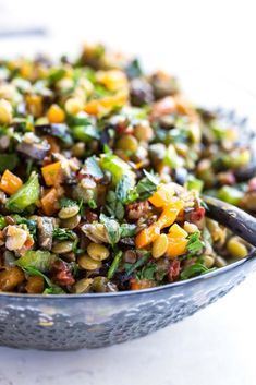 Vegan sun-dried tomato lentil salad takes only 20min to put together. It is a healthy, gluten free, speedy lunch recipe or dinner idea worth sharing!