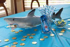 shark party centerpiece