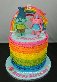 Rainbow cake with Trolls