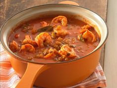Shrimp Creole -medium shrimp -butter/margarine -onions -green bell peppers -celery -garlic cloves -fresh parsley -salt -cayenne pepper -bay leaves -tomato sauce -rice Enjoy this hearty shrimp that's served with rice – a wonderful dinner ready in an hour. Creole Recipes, Cajun Recipes, Fish Recipes, Seafood Recipes, Cooking Recipes, Shrimp And Rice Recipes, Recipies, Creole Cooking, Cajun Cooking