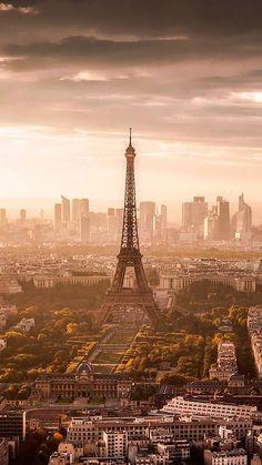 """If the Tour Eiffel is the symbol of Paris, the Cathédrale de Notre-Dame de Paris is its heart. Resting on the banks of the Seine, this marvelous architectural masterpiece is a definite """"must-see"""". Paris France, Paris 3, Paris Cafe, France Wallpaper, City Wallpaper, Paris Wallpaper Iphone, Wallpaper Wallpapers, Paris Torre Eiffel, Beautiful Paris"""