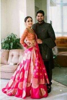 Bnarsi Shari as lenga design Indian Bridal Wear, Indian Wedding Outfits, Bridal Outfits, Indian Outfits, Banarasi Lehenga, Indian Lehenga, Indian Attire, Indian Ethnic Wear, Indian Style
