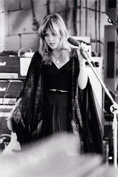 Stevie Nicks. That face she's making; love it. One of my spirit animals.