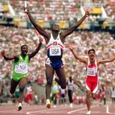 1992 U. sprinter Carl Lewis celebrates after winning the gold medal and setting the new world record in the relay. Lewis final leg, which he covered in seconds, stood as the fastest anchor leg on record until Carl Lewis, Olympic Gold Medals, Sports Figures, Sport Photography, Sports Photos, Sports Images, Summer Olympics, World Records, Track And Field