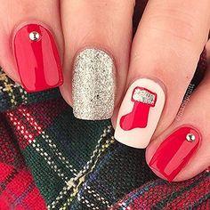 Stocking Stencils for Nails, Christmas Nail Stickers, Nail Art, Nail Vinyls - Medium (20 Stickers & Stencils)