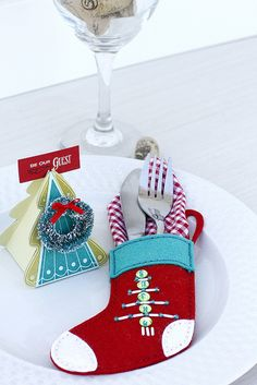 Holiday Place Setting by Erin Lincoln for Papertrey Ink (September 2015)
