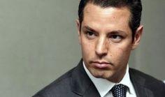 Denuncian a Alejandro Murat por delincuencia organizada y uso indebido de atribuciones