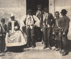 Wife and unmarried men in front of the church in Nova Ves, near Breclav, Czech Republic, 1907 Folk Costume, Costumes, Folk Clothing, Extraordinary People, World Cultures, Art And Architecture, Czech Republic, Old Photos, Nova