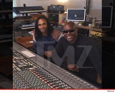 """Prepare to have your mind blown -- Milli Vanilli is making a comeback, but this time you\'re gonna hear Fab Morvan\'s REAL voice ... PLUS the guy who sang for him during the O.G. lip sync disaster!  BOOM. Girl, you know it\'s true ... Fab, the surviving MV member, is teaming up with John Davis to release a full album entitled, """"Face Meets Voice: A True Milli Vanilli Experience."""" Davis was one of 2 guys who did vocals for Fab and the late Rob Pilatus on 1989\'s \""""Girl You Know It\'s True.\""""…"""