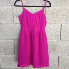 Madewell Fuschia Baby Doll Dress Adorable! Color is more like the last picture. Still a very pretty Fuschia. Has pockets! 100% silk and the lining is 100% polyester. Dry clean only. Madewell Dresses