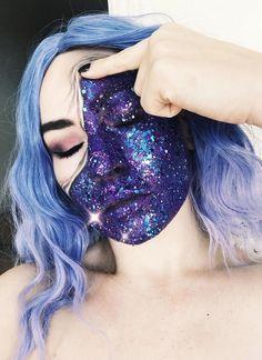 Zipper Glitter - Halloween makeup