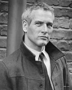 Paul Newman was gorgeous to the end. More than the eyes, every feature perfect. Nose, mouth,cheekbones, jaw and chin and was a great guy.
