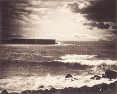 A grande onda (1857), de Gustave Le Gray. A fotografia é a arte da montagem temporal, e não do instantâneo:http://incinerrante.com/a-grande-onda-1857-de-gustave-le-gray/