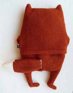 Wärmekissen - Fuchs Piet Bandit mit Wurst, Körnerkissen - ein Designerstück von Mascha-W bei DaWanda