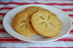 Sand Dollar Cookies - Serve on a bed of brown sugar (sand).
