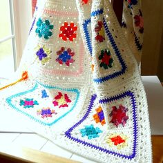 Crochet ~ Granny Square Afghan Crochet Blanket Throw Bright Multi Color White Trim-Love this pattern!
