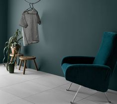 jotun mørk teal - Lilly is Love Coral Blue, Dark Teal, Color Themes, Colorful Interiors, Paint Colors, New Homes, Colours, Wall, Inspiration