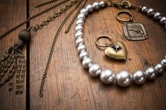 Pistol and pearls trio necklace ,Ohhh so nice ..<3