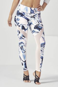 97f8a881eef26 Salar Mesh PowerHold Legging - Frosted Marble/White Legging Sport, Sports  Leggings, Workout