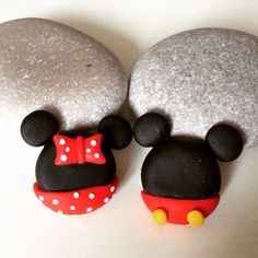 Minnie and mickey mouse brooch