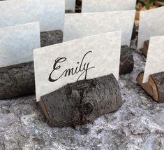 Segnaposto matrimonio eco-friendly legno. Wedding placeholder with piece of wood. #wedding
