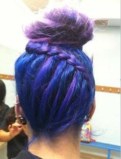 i would so do this if my hair was long enough