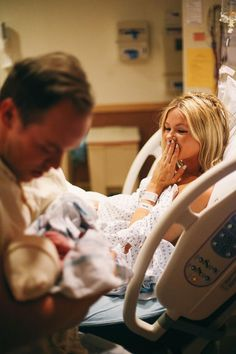 I think it would be so cute to have someone capture candid photos of the day - Home birth, hospital birth, biological baby or adopted baby - here are our top ten incredible moments to capture on your baby's first day. Waiting for ba Birth Photos, Pregnancy Photos, Newborn Pictures, Baby Pictures, Delivery Photos, Foto Newborn, Newborn Care, Hospital Pictures, Shooting Photo