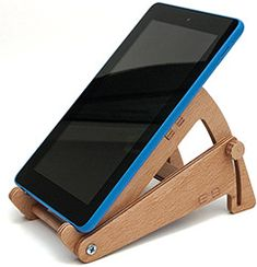 Tablet stand - Iphone Holder - Ideas of Iphone Holder - Tablet stand Wood Phone Holder, Iphone Holder, Iphone Stand, Tablet Holder, Tablet Stand, Laptop Stand, Iphone Phone, Wooden Projects, Woodworking Projects Diy