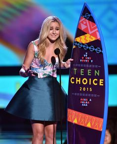 Brooke Hyland's Tweet to Chloe Lukasiak after her win at Teen Choice Awards.