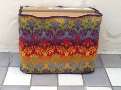 Ravelry: Project Gallery for Kauni Damask Understated Bag pattern by Karen Stelzer