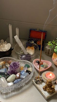 Crystals Minerals, Crystals And Gemstones, Witchcraft, Altars, Moon Child, Table Decorations, Rocks, Spirituality, Magic
