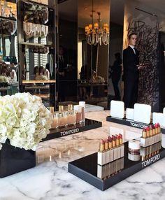 Tom Ford #Glamorous #makeup balcony. #Memoir View more: http://memoir.pt/