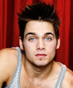 Dylan Sprayberry, Teen Wolf Boys, Teen Wolf Cast, Mason Dye, Teen Wolf Memes, Adam's Apple, Cool Hairstyles For Men, Sexy Beard, Dylan O'brien