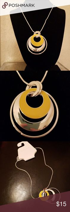 🆕️ Silvertone Fashion Necklace NWT  - Pretty yellow and silvertone circular spheres make this necklace a great accessory piece for your outfits. Has adjustable length chain to accomadate multiple outfits. Jewelry Necklaces