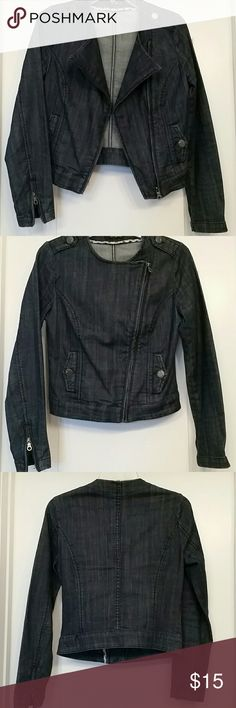 Denim Motorcycle inspired jacket Very stylish denim jacket. Two different looks, when one and zipped up. Can be work with a summer dress, maxi skirt or jeans. It had zipper on the sleeves. It has really nice details! A great addition to your closet! Forever 21 Jackets & Coats Jean Jackets