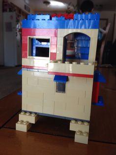 Lego bungalow, back