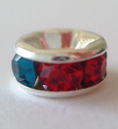 Smyckesdelar... Passar till 2mm läderband. www.ihobby.se