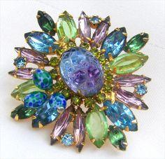 Rhinestone Jewelry, Vintage Rhinestone, Vintage Brooches, Beaded Brooch, Brooch Pin, Vintage Costume Jewelry, Vintage Costumes, Antique Jewelry, Vintage Jewelry
