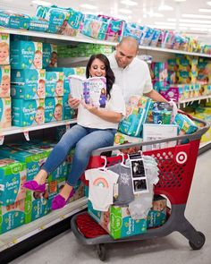 43 Trendy Baby Announcement Ideas Announce Pregnancy Maternity Pictures First Baby Announcements, Pregnancy Announcement Pictures, Baby Announcement To Parents, Funny Maternity Pictures, Unique Baby Announcement, Target Baby, Target Target, Baby Boy Themes, Poses