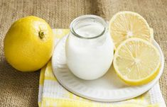 Lemon Yogurt, Yogurt Cups, Yogurt For Hair, Yogurt Benefits, Ayurvedic Hair Oil, Cassoulet, Breaking Hair, Oil For Hair Loss, Yogurt Recipes