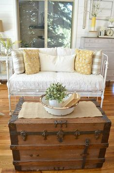 Vintage Crib Converted into Couch - Sarah Joy Crib Bench, Daybed Room, Antique Crib, Vintage Crib, Iron Crib, Couch, Repurposed Furniture, Baby Cribs, Decoration