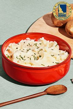 Chobani Mashed Potatoes Chobani and Idaho® Potatoes have partnered to bring you the creamiest of creamy mashed potatoes for Thanksgiving. This side dish is so yummy, you'll forget there is a main dish! Instant Mashed Potatoes, Idaho Potatoes, Mashed Potato Recipes, Creamy Mashed Potatoes, Potato Dishes, Main Dishes, Side Dishes, My Best Recipe