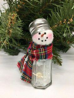 Christmas Crafts for gifts Salt Shaker Snowman Christmas decoration Winter decoration Snowman Christmas Decorations, Christmas Snowman, Christmas Wreaths, Christmas Time, Ornaments Ideas, Christmas Cactus, Etsy Christmas, Snowman Crafts, Christmas Ideas